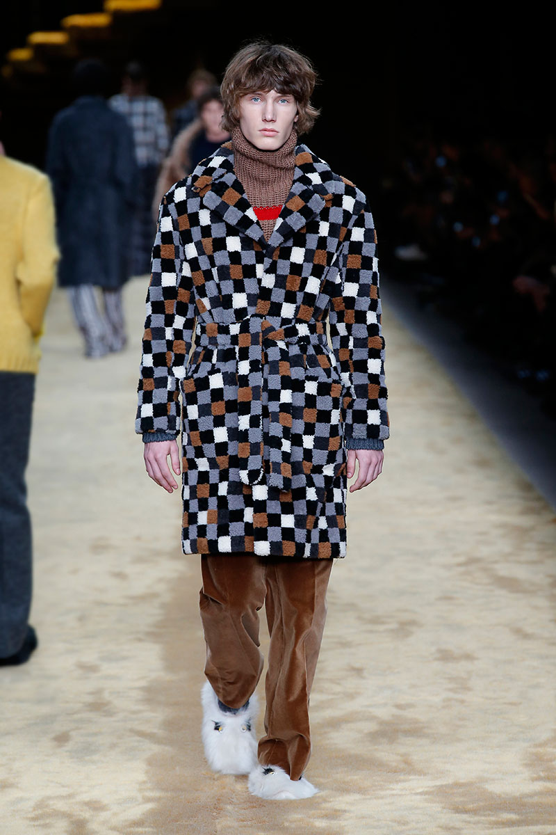 Photo courtesy Fendi autunno inverno 2016 2017