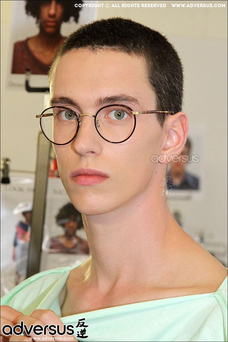 Tagli di capelli trendy da Vivienne Westwood estate 2017, ph. Charlotte Mesman
