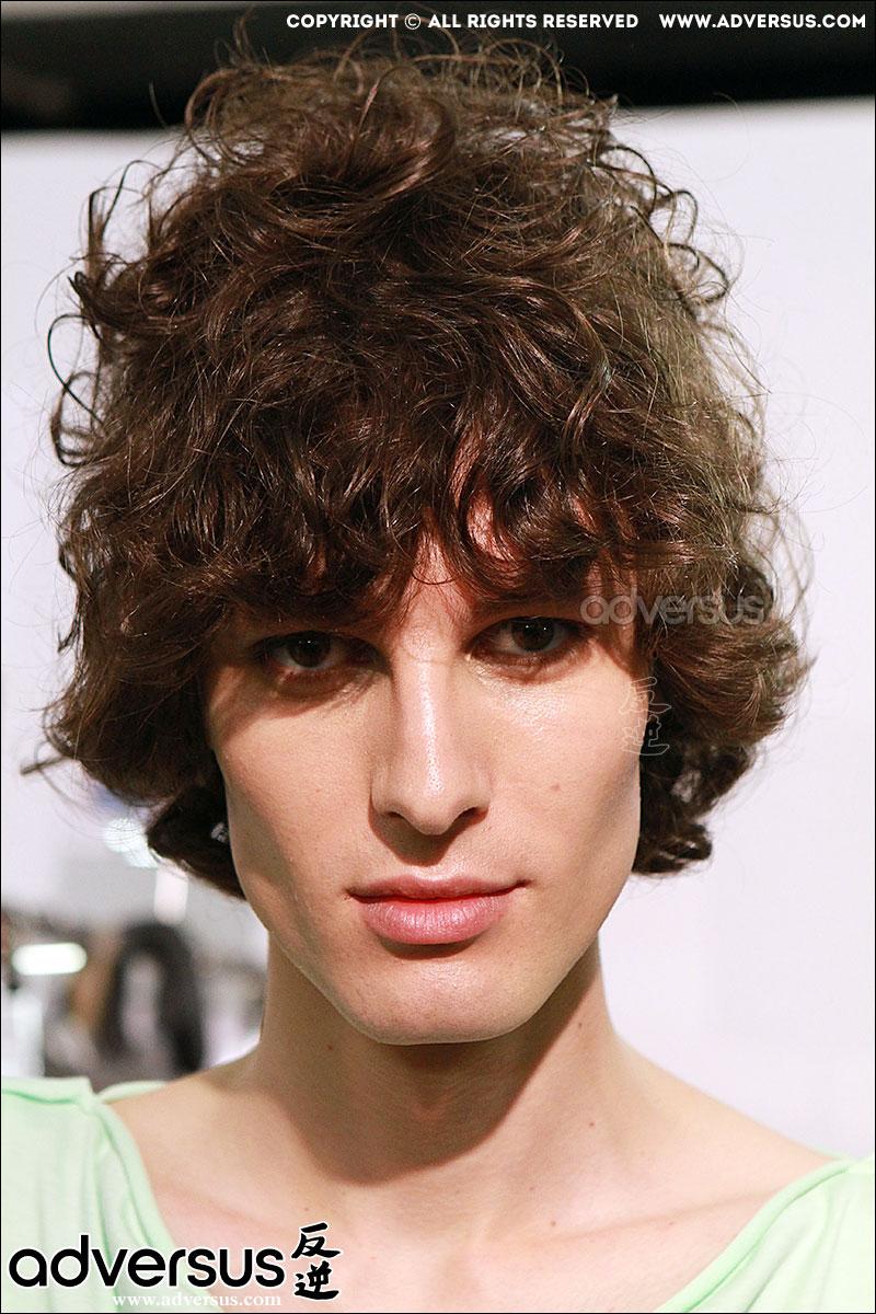 Tagli di capelli trendy da Vivienne Westwood estate 2017, ph. Mauro Pilotto