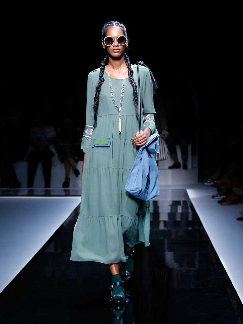 Il verde pallido con il blu chiaro. Photo: courtesy of Emporio Armani