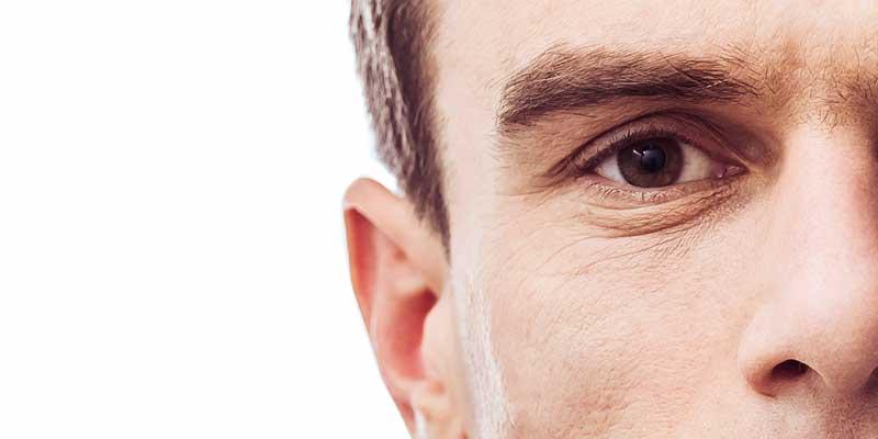 Il contorno occhi. Come trattare le rughe degli occhi?