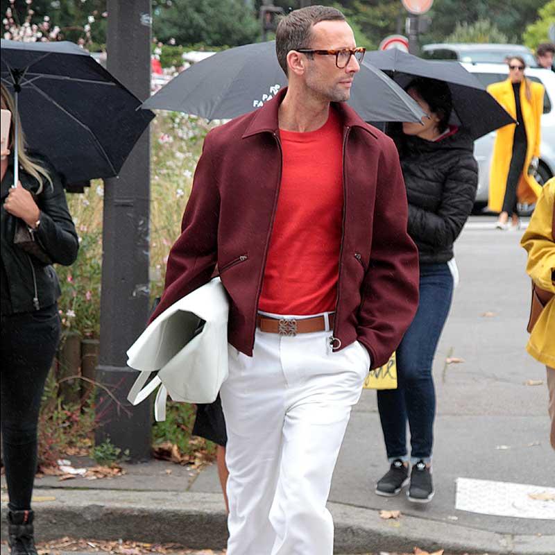 Moda street style uomo inverno 2017/2018: il rosso e il bianco sono i colori della moda uomo per l'autunno