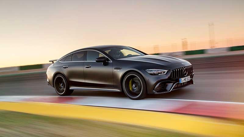La famiglia si allarga nuovo Coupé a quattro porte firmato Mercedes-AMG