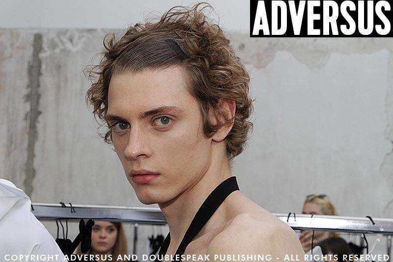 Capelli uomo estate 2019. Sfilata N21 PE 2019, hair: Toni&Guy