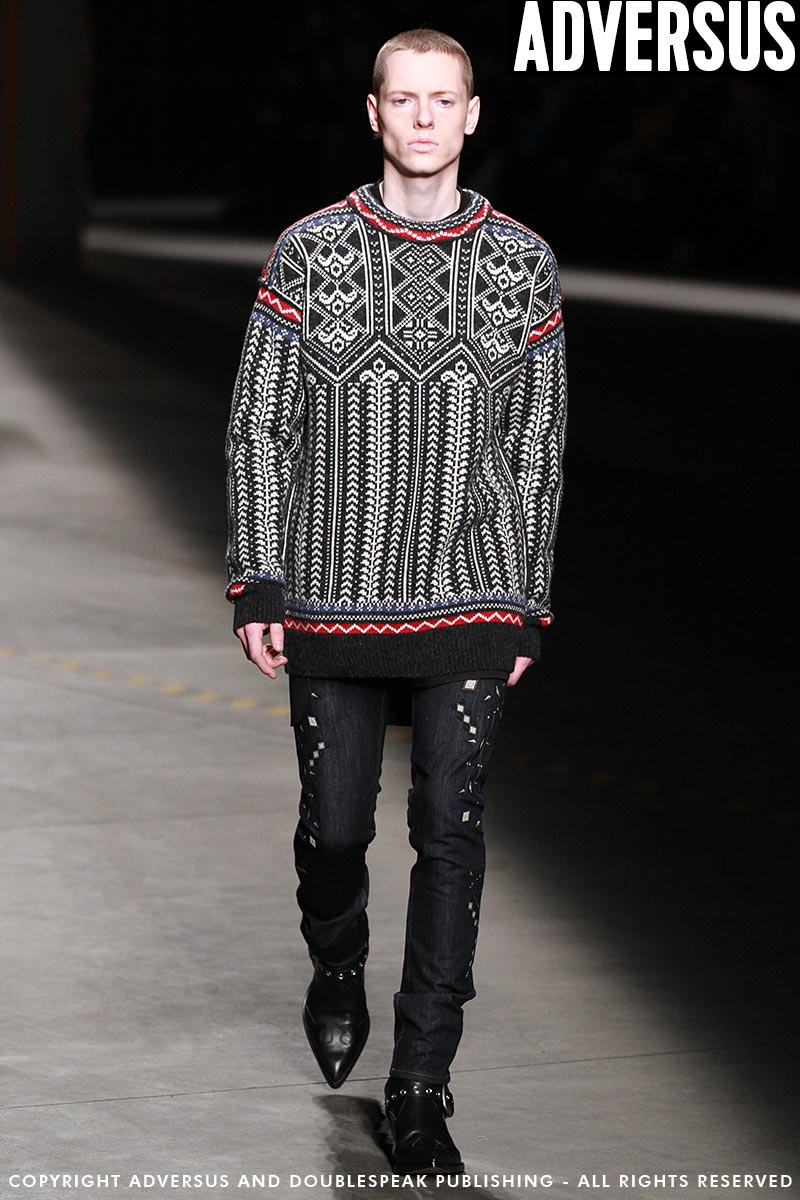 Tutte le tendenze moda jeans uomo autunno inverno 2018 2019. Moda ... 07be92fbc7a