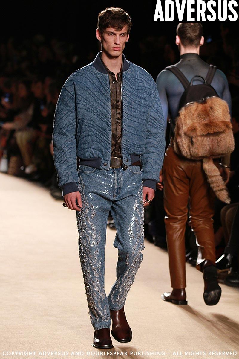 Tendenze jeans per l'uomo per l'autunno inverno 2018 2019