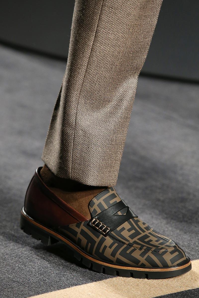 Tendenze scarpe uomo autunno inverno 2018 2019 - Moda uomo 5e2ccfb6a96