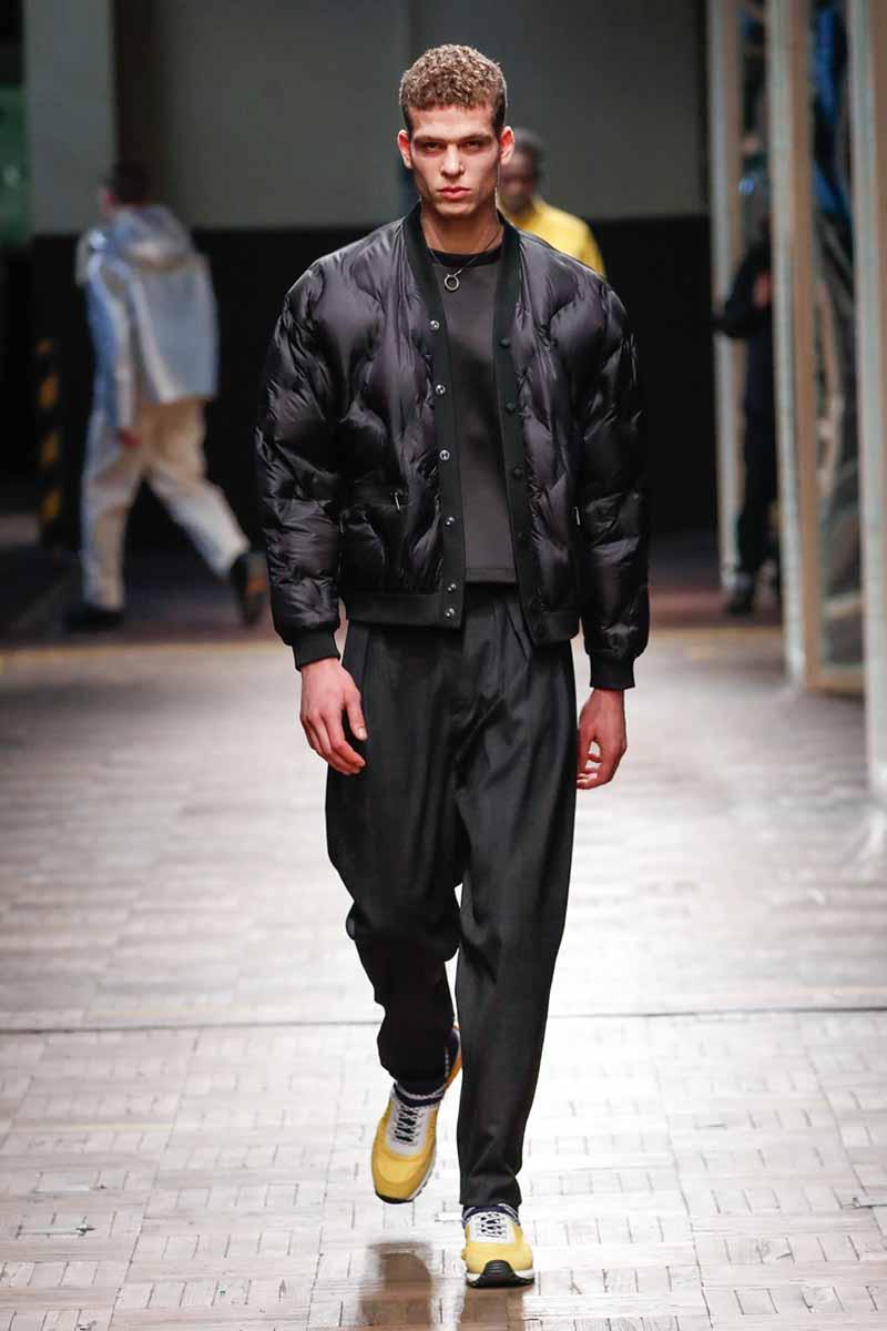 Dirk Bikkembergs Autunno Inverno 2018 2019 Foto sfilata Milano Fashion Week