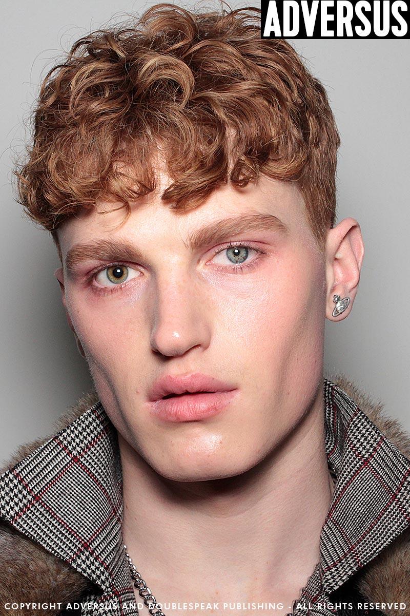 Tendenze capelli uomo 2019: tagli di capelli corti con frangia