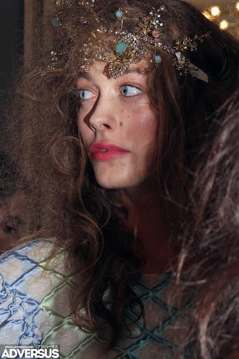 Angelica Sonvico, modella. Backstage sfilata Luisa Beccaria Estate 2019 - Foto Charlotte mesman