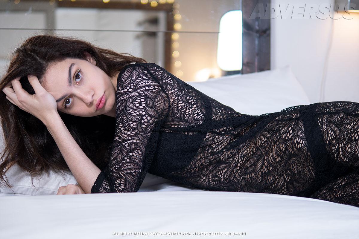 Modella di copertina di ADVERSUS: Maria K. - Foto Alessio Cristianini