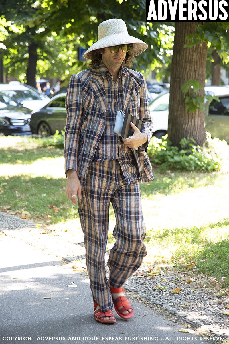 La moda street style. 5 Look estivi per lui