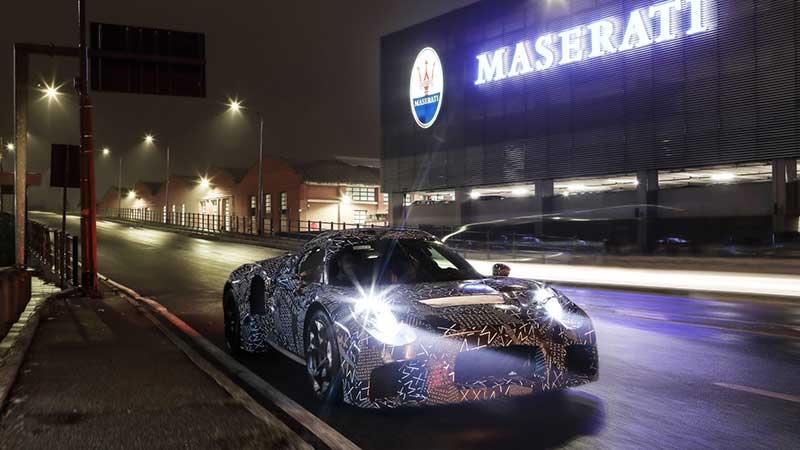 Una nuova Maserati camuffata avvistata per le strade di Modena. Il motore è 100% Maserati