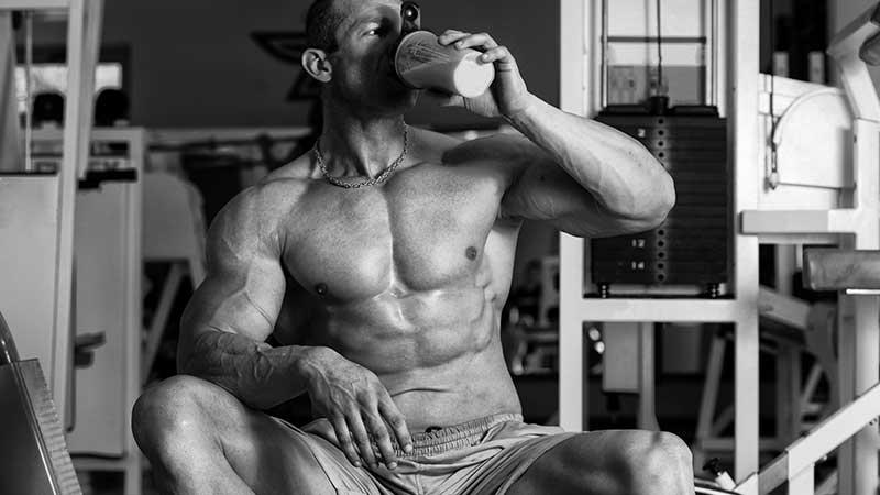 Integratori e proteine per chi si allena e vuole più massa muscolare