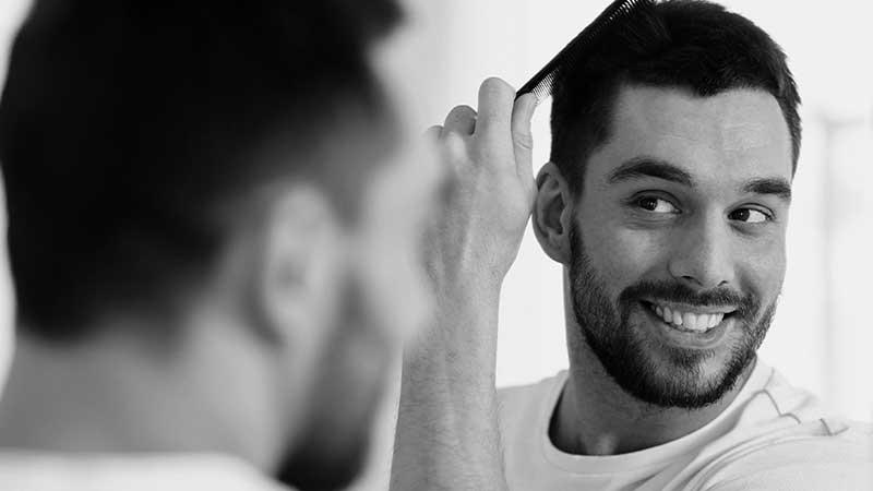 Come gestire i capelli quando non si può andare dal parrucchiere (e i capelli continuano a crescere...) I consigli di Antonio Scopelliti di Toni&Guy