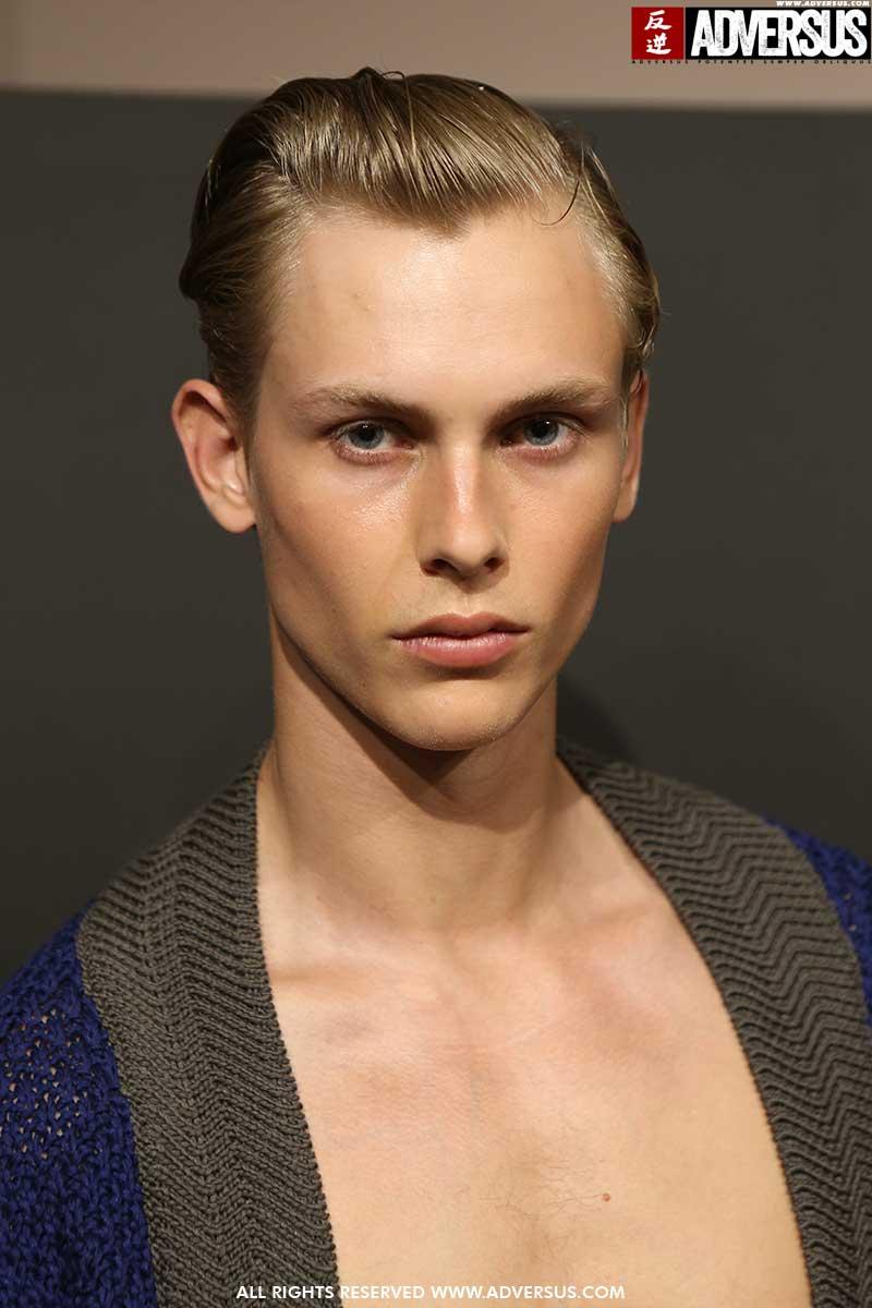 Bad hair day? Ecco come risolverlo seguendo la nuova tendenza capelli uomo per il 2020 - Sfilata Pal Zileri Foto Mauro Pilotto