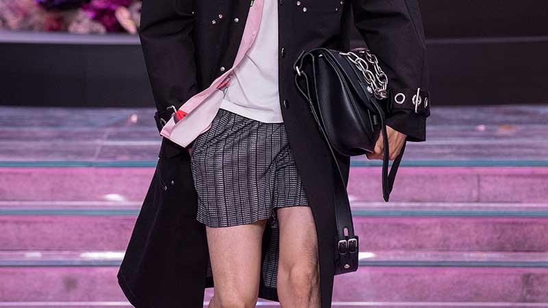 Street style moda uomo estate 2020; I boxer sono i nuovi shorts?