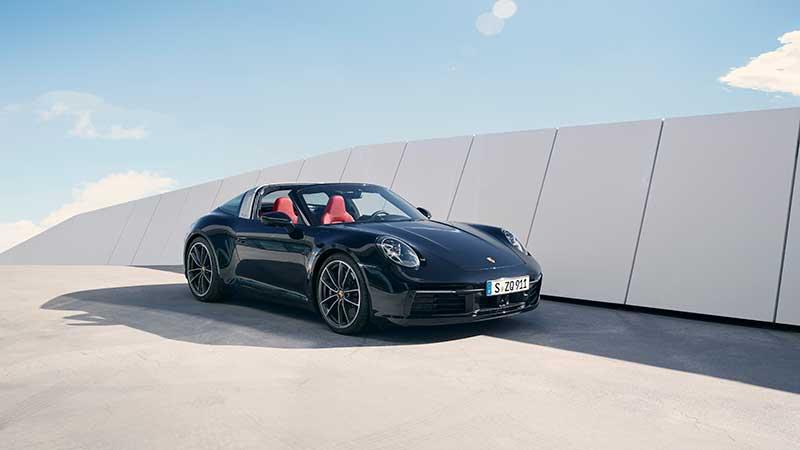 Elegante, inconfondibile, unica: la nuova Porsche 911 Targa