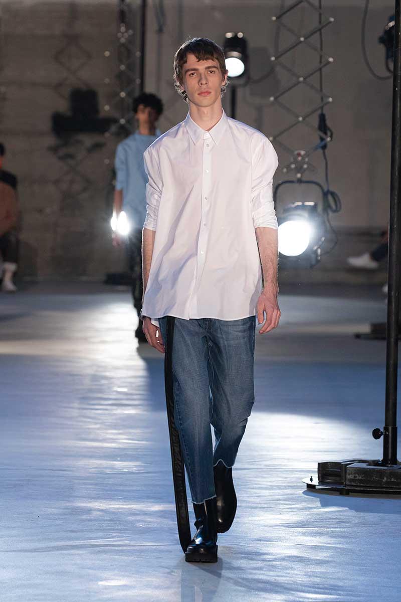Tendenze moda uomo autunno inverno 2020 2021. Ecco le ultime tendenze jeans! - Foto N21