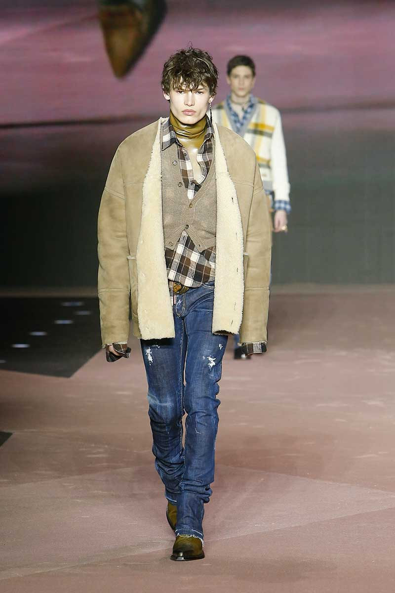 Tendenze moda uomo autunno inverno 2020 2021. Ecco le ultime tendenze jeans! - Foto Dsquared2