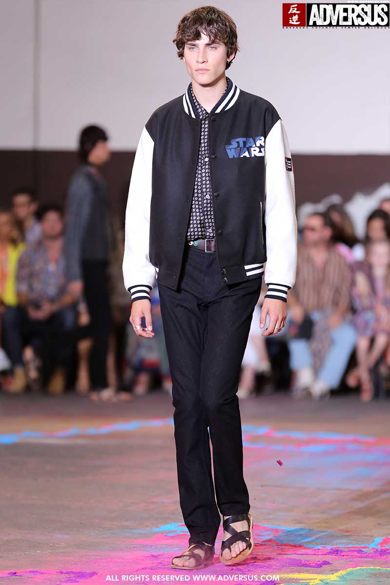 Nuove tendenze moda uomo 2020. Abbigliamento casual, 3 look perfetti per il weekend - Sfilata Etro - Foto Mauro Pilotto