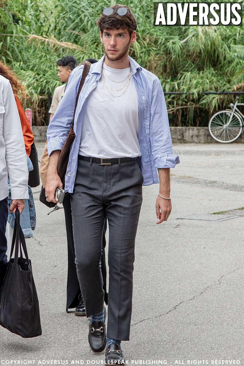 Moda uomo street style estate 2020. 3 idee per l'estate quando le giornate sono più fresche - Foto Charlotte Mesman