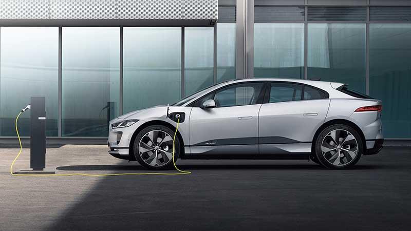 Jaguar I-PACE, il SUV interamente elettrico ad alte prestazioni