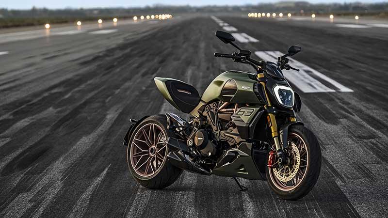 Ducati Diavel 1260 Lamborghini, ispirato alla Sián FKP 37