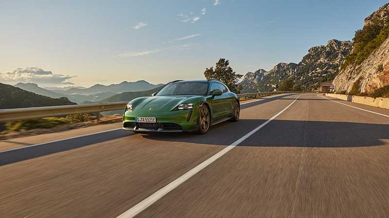 Porsche Taycan Cross Turismo: la più versatile fra le sportive elettriche