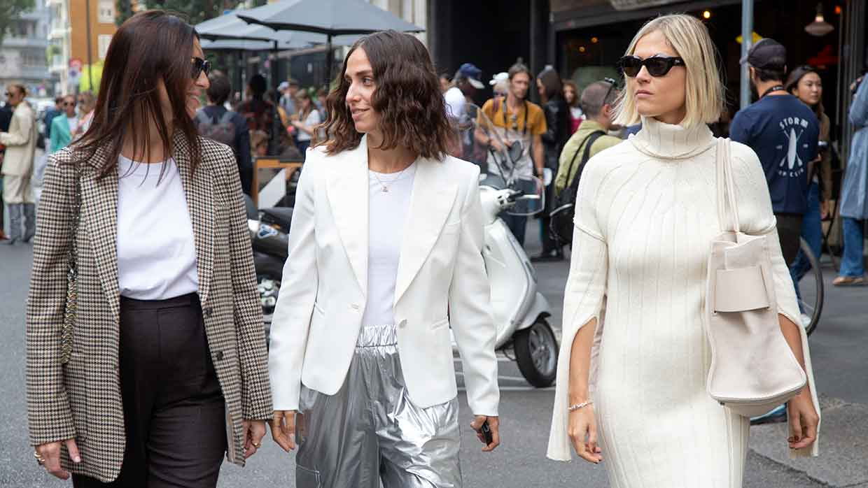 Moda street style inverno 2021 2022. La moda inverno interpretata dalle influencers da Max Mara (In mezzo Erika Boldrin, a destra Linda Tol) - Foto Charlotte Mesman